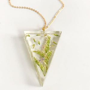 Eco-Resin: Flowers Necklace