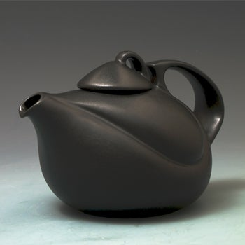 Saenger Porcelain: Solo Tea Pot