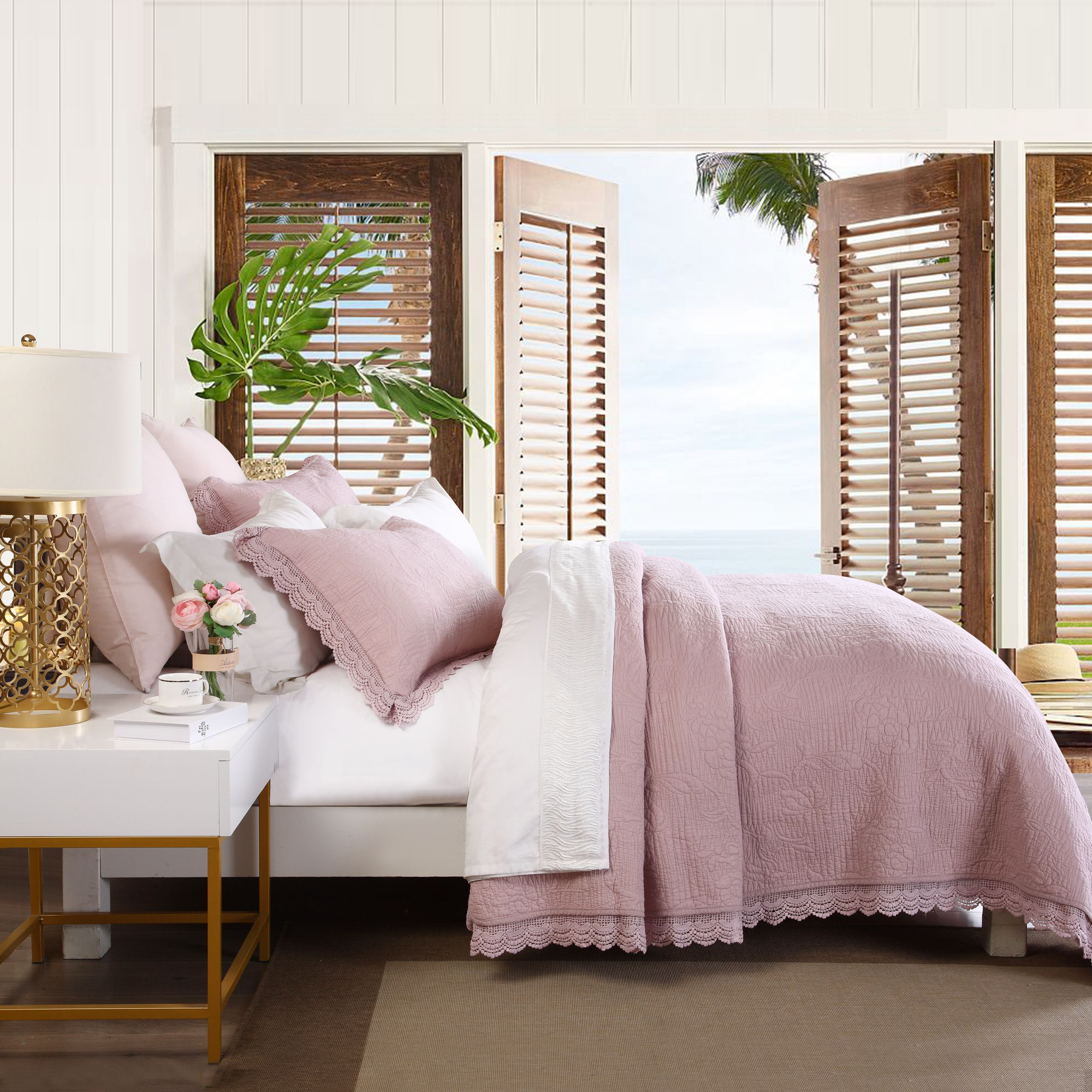 Tulip Lace Pink Queen Coverlet Set
