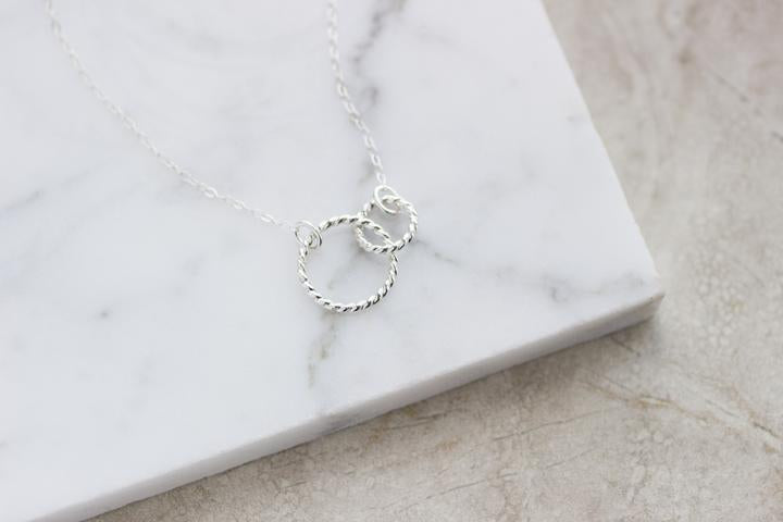 Linked Twist Necklace