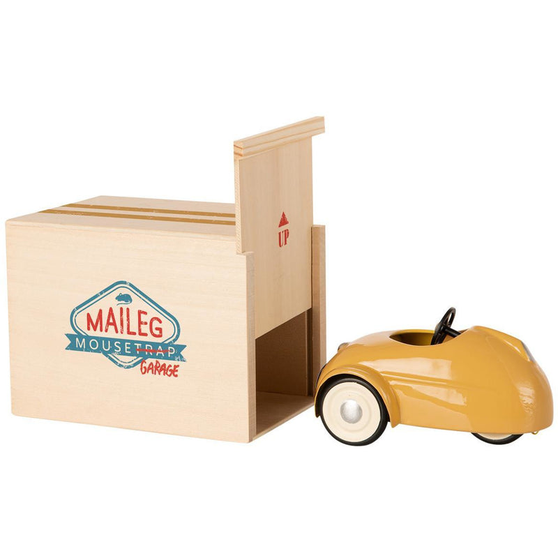 PREORDER Mouse car w. garage - Yellow