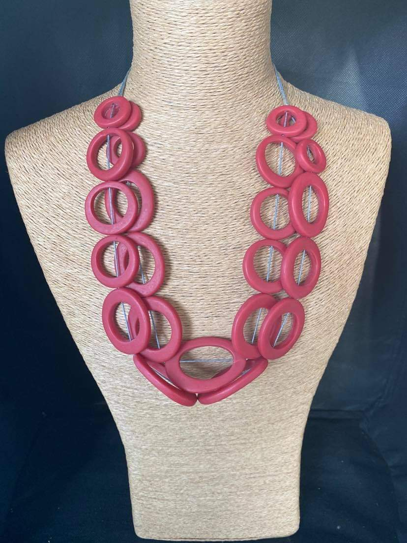 Wooden Hoops Necklace - Red