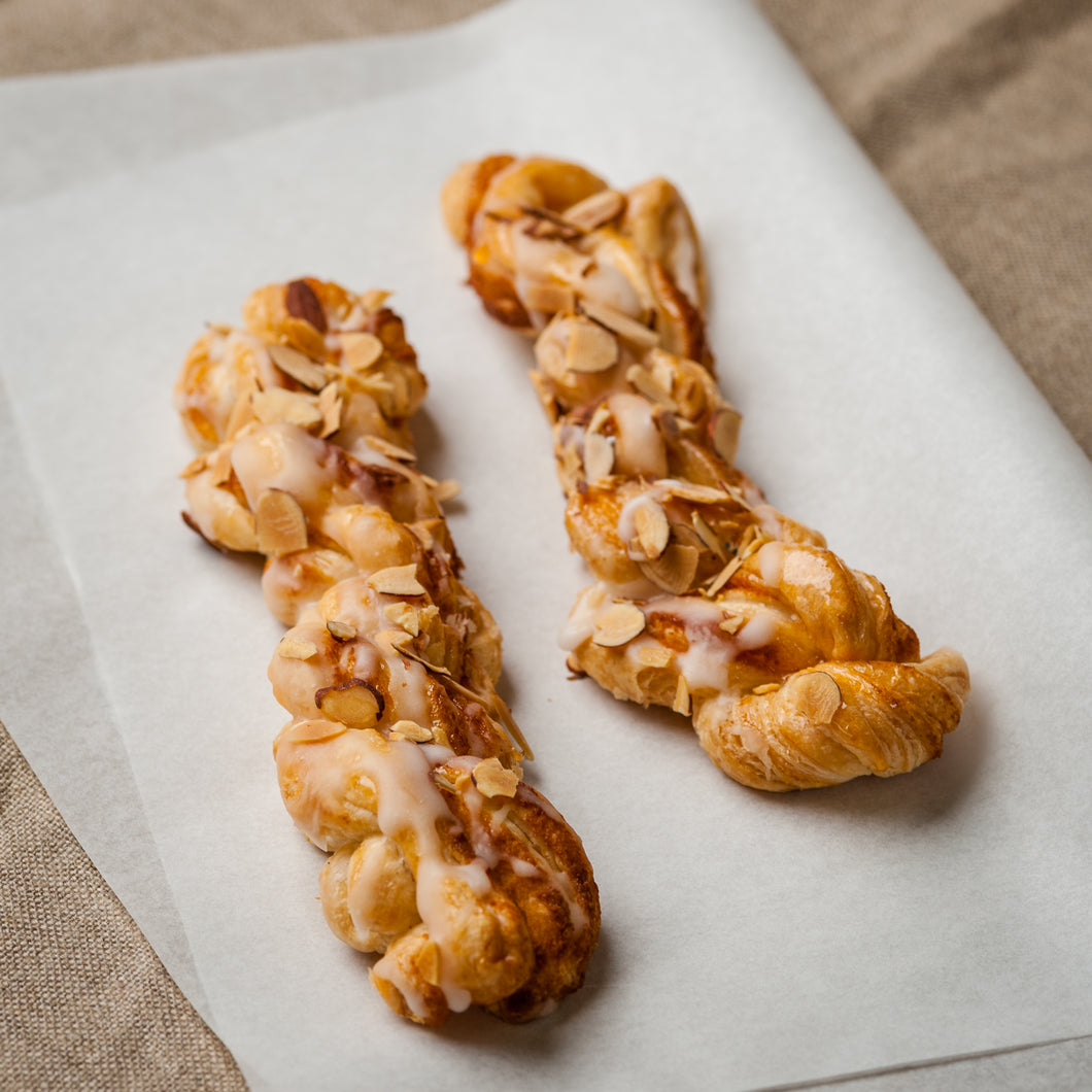 Almond Twist - 2 Pack