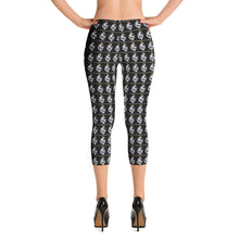 Load image into Gallery viewer, Kingdom Fit Capri Leggings