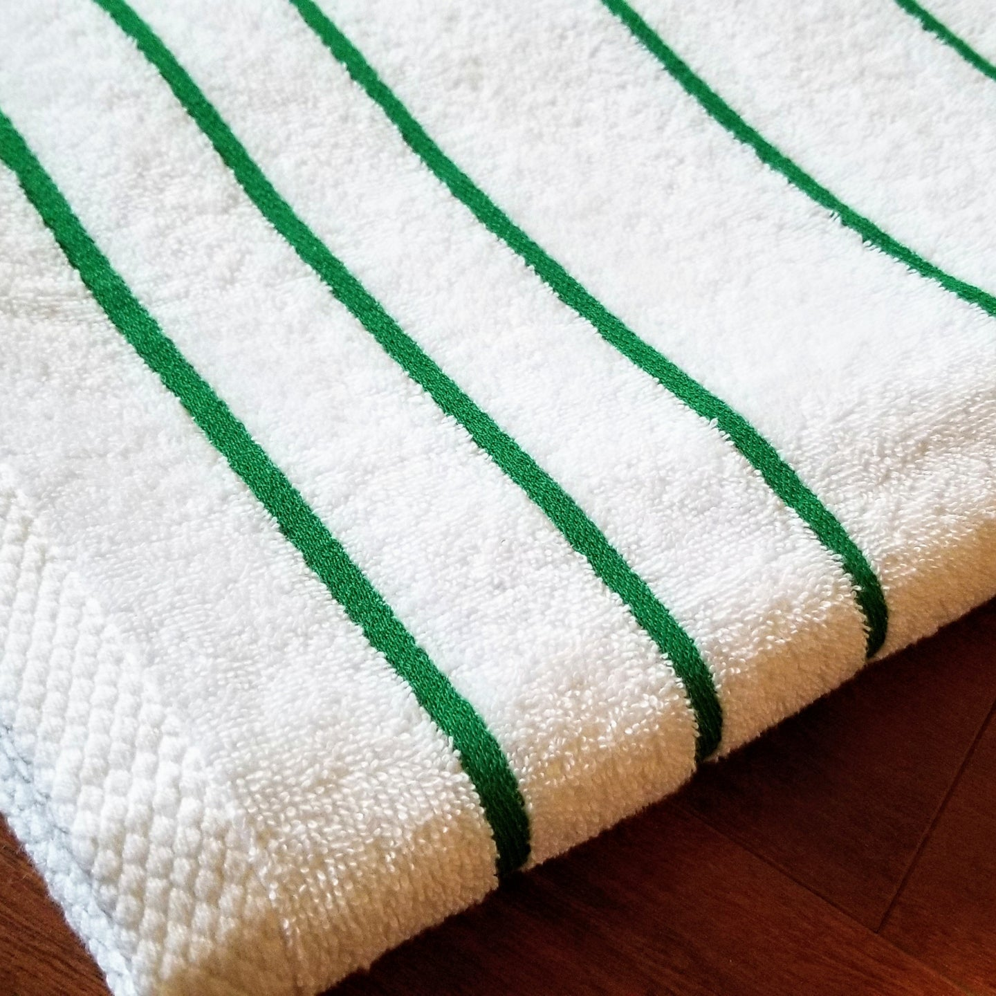SMARTLINEN® Pool Towel Signature Stripe (FREE Shipping)