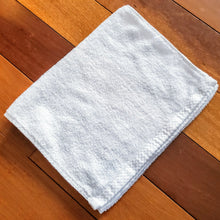 Load image into Gallery viewer, SMARTLINEN® Fitness Towel Signature White