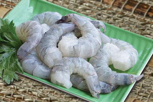Black Tiger Prawns Large -Cleaned Deveined (12 to 15 Count) 500 gm - MINGLO'S