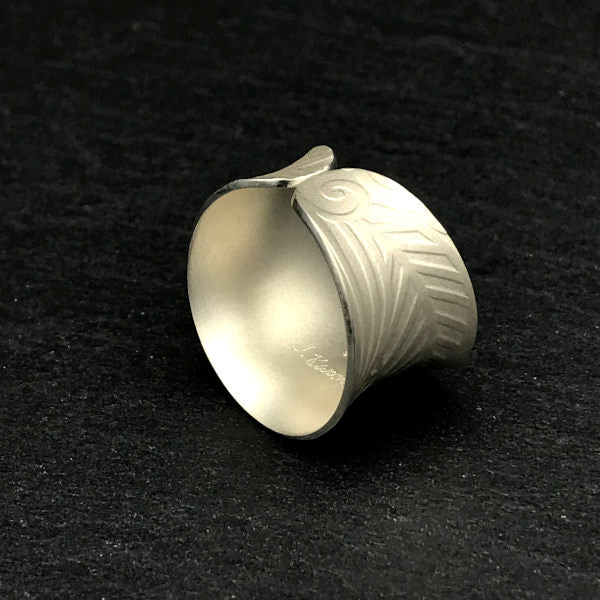 Eden Adjustable Ring sterling silver flora pattern