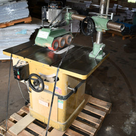 Powermatic 66 Table Saw with Maggi Steff 2034 Power Feeder