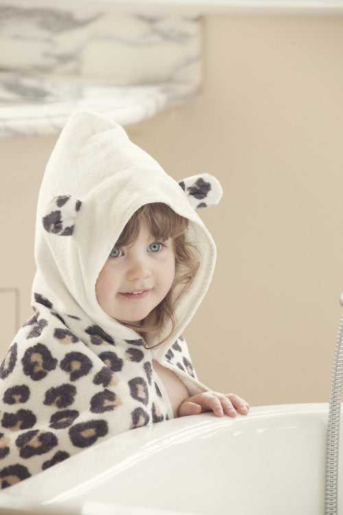 Snow Leopard Towel - souzu.co.uk