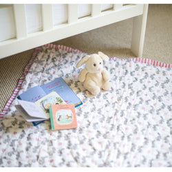 Pink Bunny Quilt - souzu.co.uk