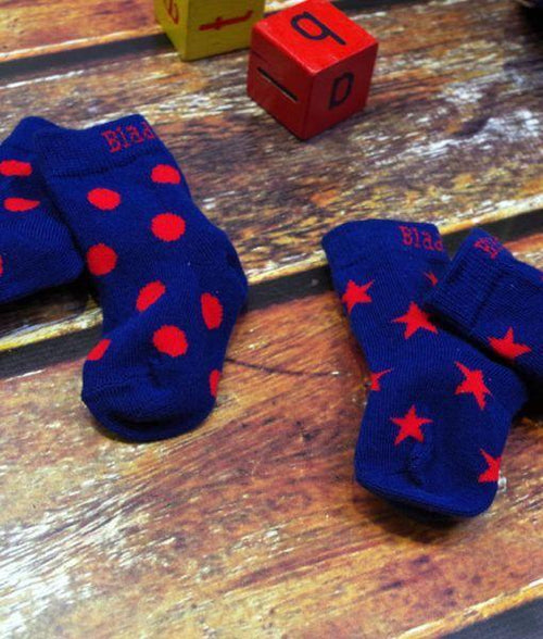 Classic Navy and Red Socks - 2 Packs - souzu.co.uk