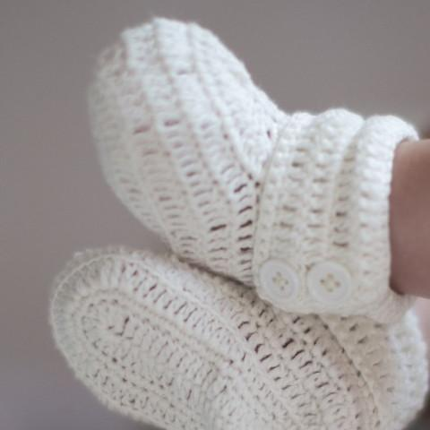 Hand Knitted Baby Booties - souzu.co.uk