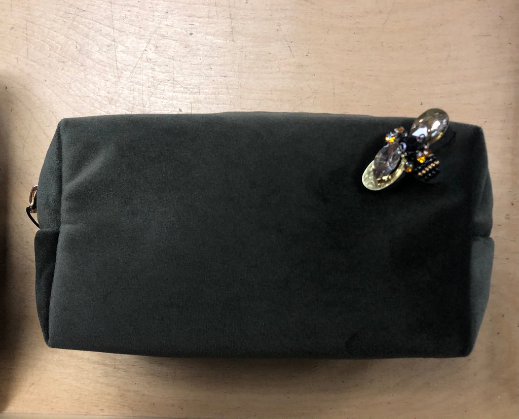 Velvet makeup bag with bee pin - olive green