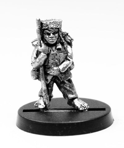 DWM007 Dwarf Warrior with Pick