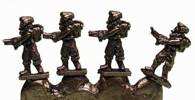 FF503 6mm Retained Command - 4 Miniatures