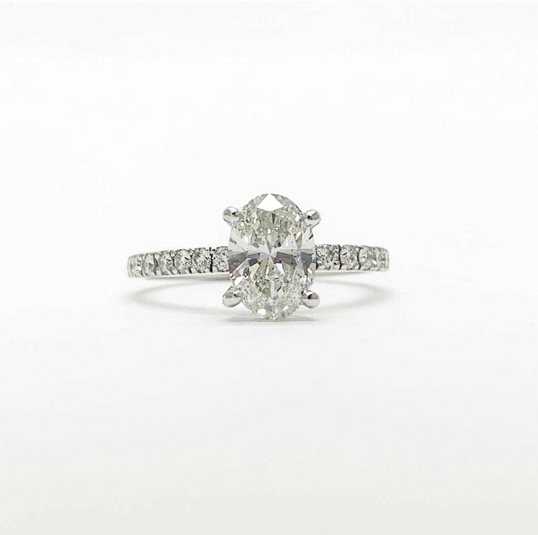 White Gold 0.95ct Oval Solitaire Engagement Ring