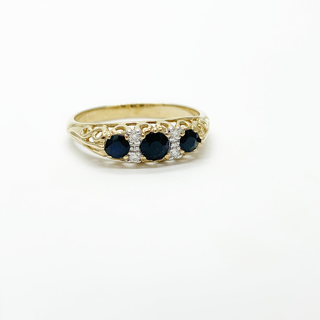 Yellow Gold Sapphire & Diamond Ring