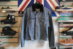 vintage van's classic denim jacket ~ xl