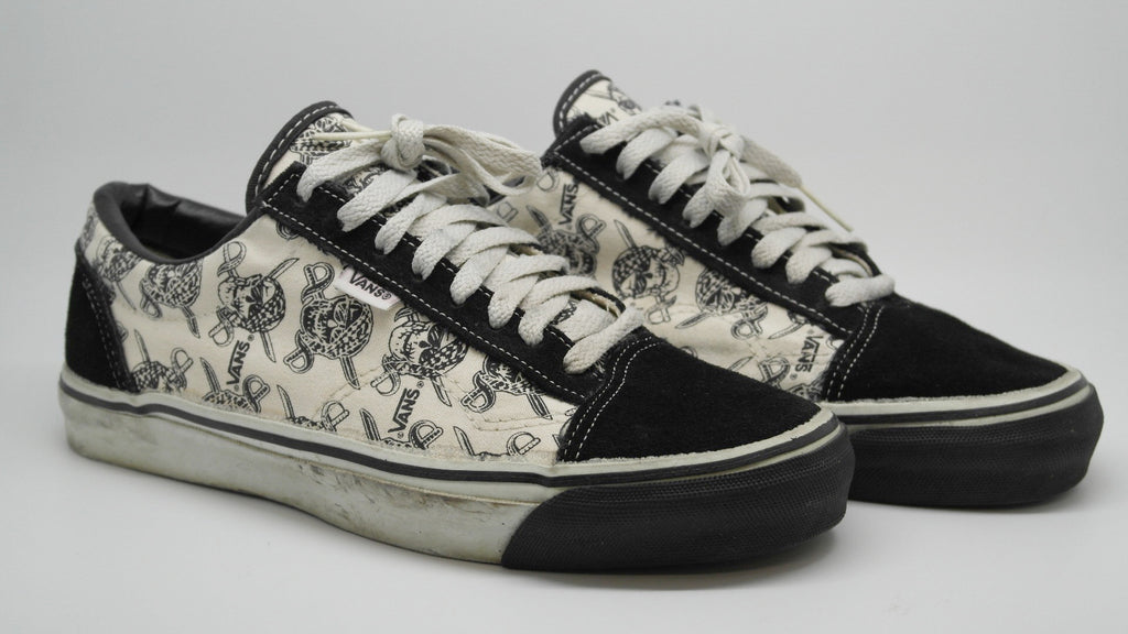 59a3fa5c5e vintage vans style  36 ~ US9 – theothersideofthepillow