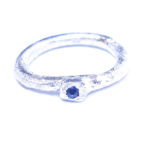 stacker style fine silver ring features a single sapphire set upside down, handmade jewellery, wellington jeweller, nz made jewellery, artisan jewelry