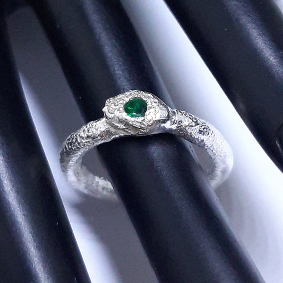 emerald ring, gem division, wellington, contemporary jewellery, artisan, nz made