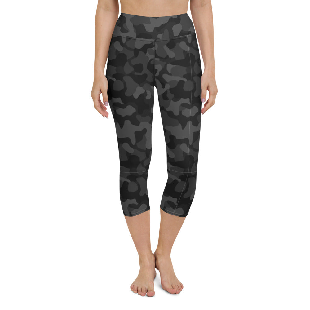 Black Camo Yoga Capri Leggings
