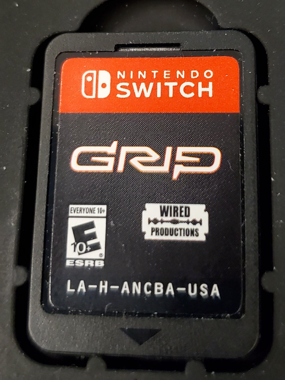 SWITCH - GRIP: Combat Racing