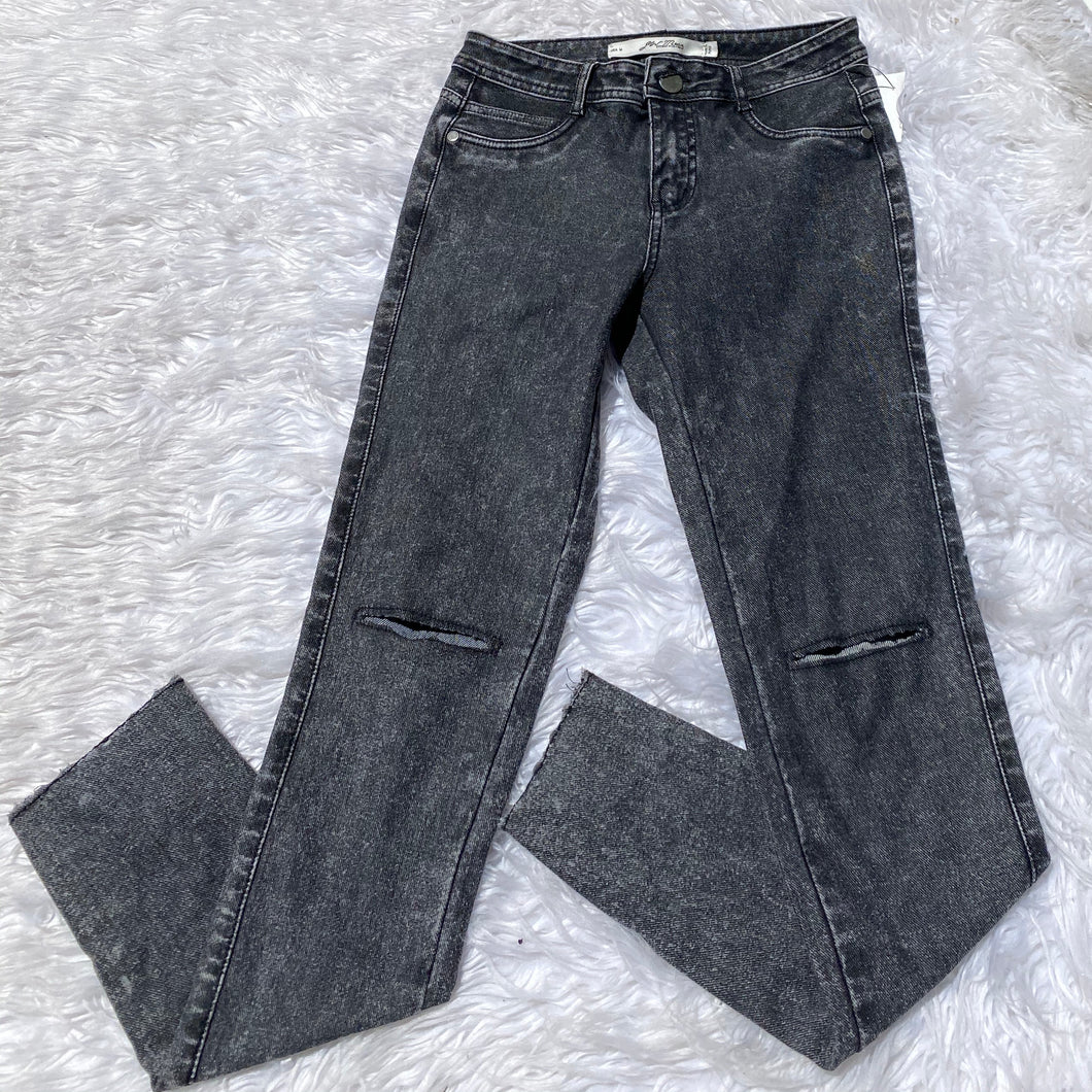 JW Maxx Pants - Medium