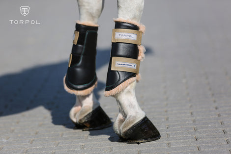 Boots, Bandages and Leg wraps