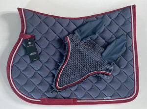 This gorgeous Evo Jumping Saddle Pad is bound with burgundy, with silver and burgundy trim. Matching Long Grey cotton fly vale with elastic ears.   These are both in size FULL.   MATCHING FLEECE RUG AVAILABLE  If you require a different size or colour variation please let us know and we can get it made for you.