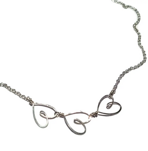 3 Tiny Hearts Necklace - Accent's Novato