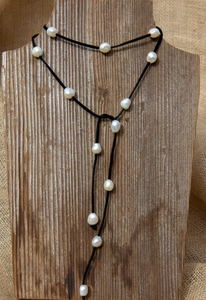 Leather/ Pearl Lariat - Accent's Novato