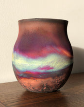 Load image into Gallery viewer, Small Raku Pot