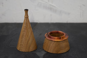 Oak ring box with yew collar