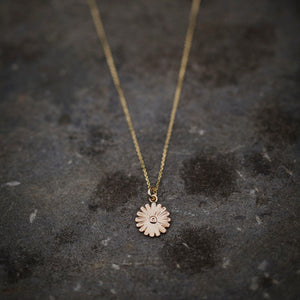 Daisy Pendant in 9ct Yellow Eco Gold