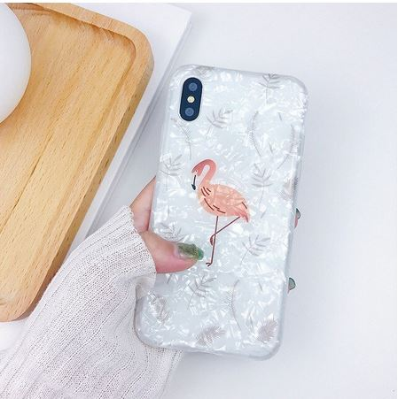 coque blanche brillante apple iphone flamant rose