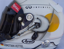 Load image into Gallery viewer, Sebastian Vettel 2013 BAHREIN GP Replica Helmet
