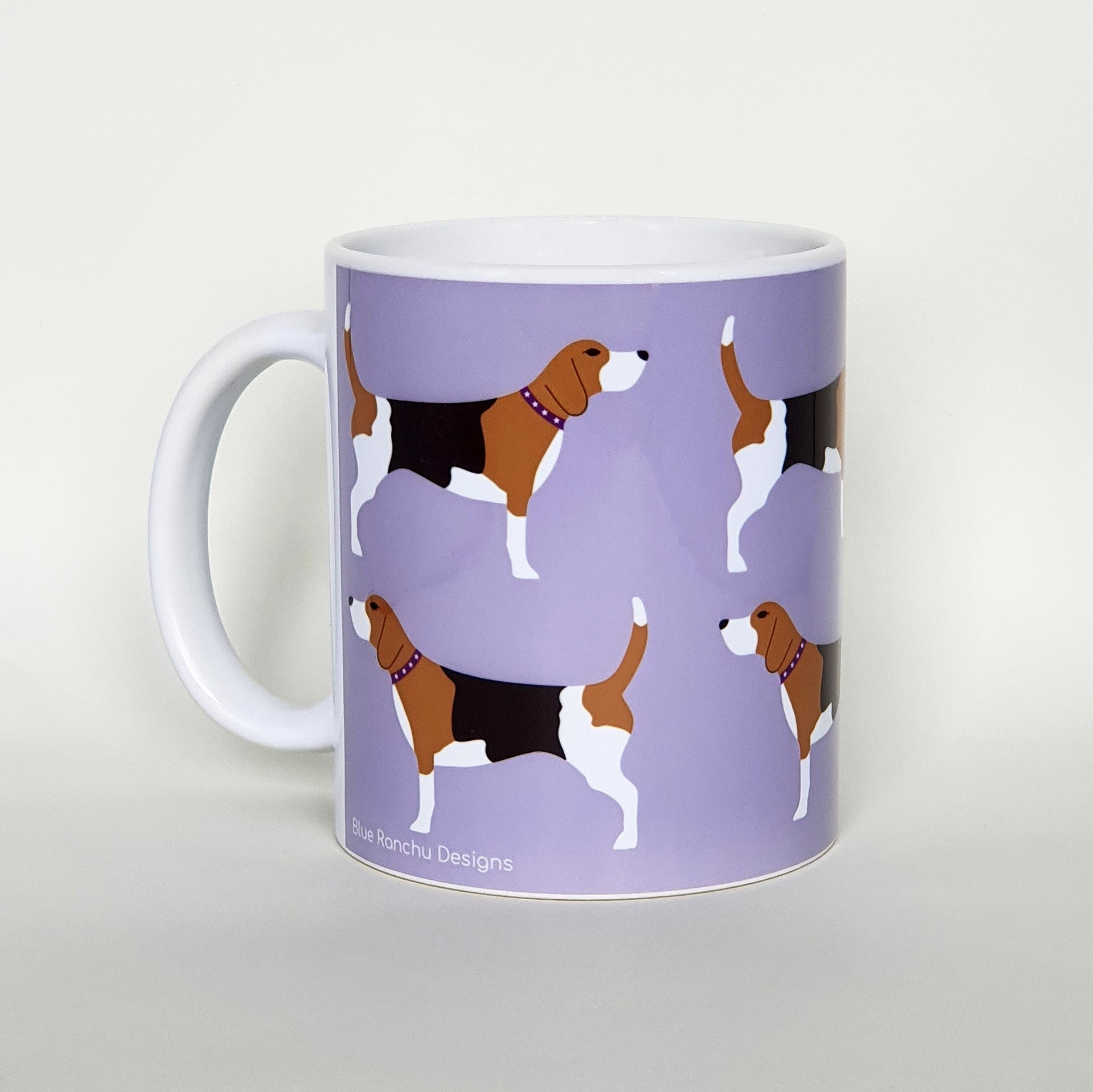 Beagle earthenware mug