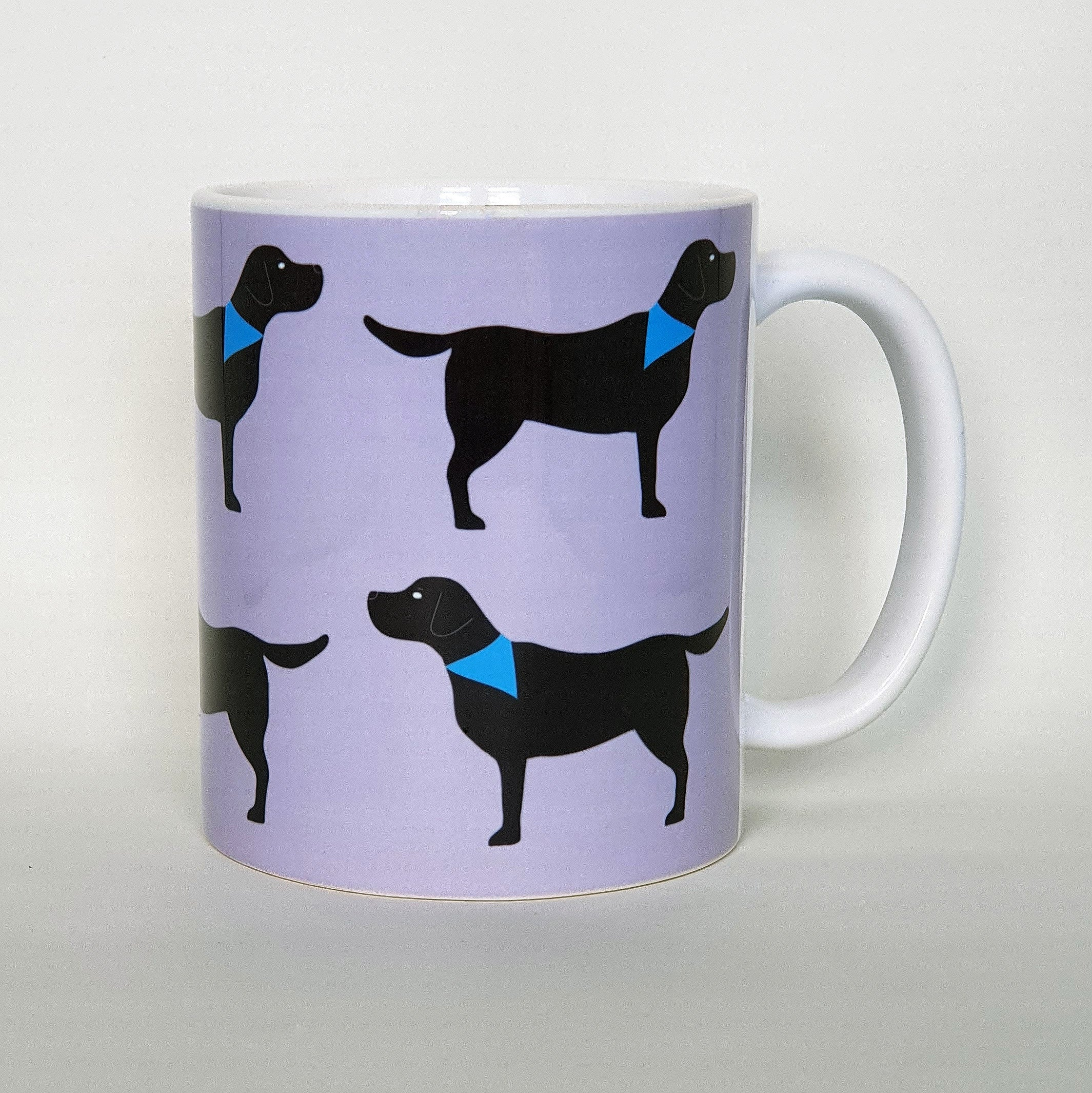 Black Labrador earthenware mug