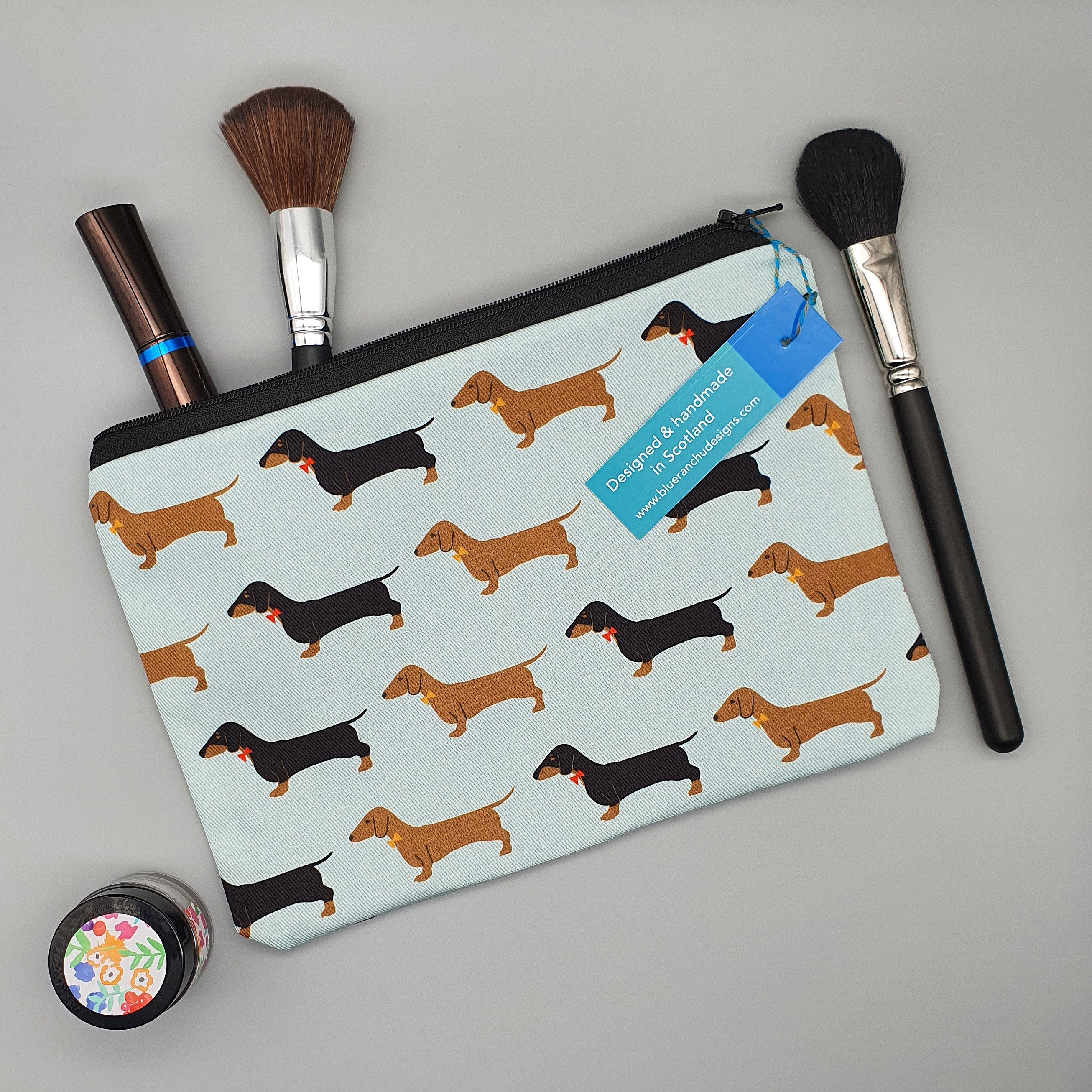 Dachshund make-up bag