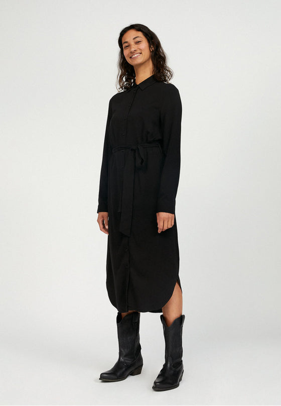 Environmentally Friendly Viscose Saigaa Shirt Dress in Black from Armedangels