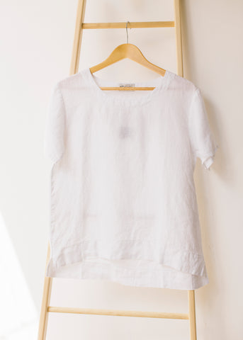 Basic Short Sleeve T-shirt in White-Top-Sancho's Dress
