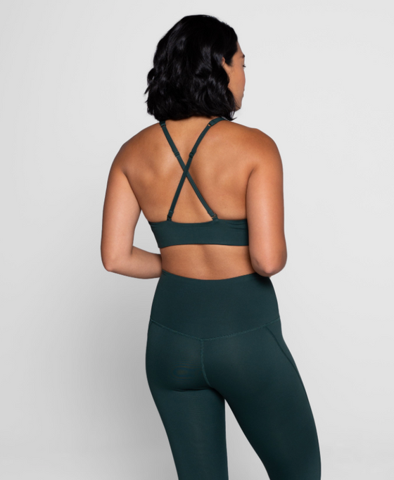 Girlfriend Topanga Sports Bra in Moss