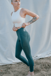 Girlfriend High Rise Pocket Leggings in Moss