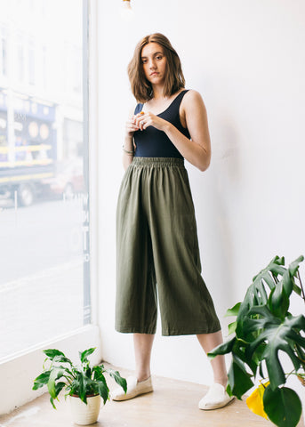 Anna Lyocell Trousers in Olive-Trousers-Sancho's Dress