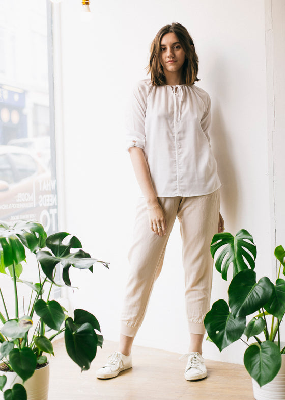 Women's Linen and Cotton Trousers in Beige-Trousers-Sancho's Dress