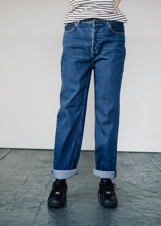 Ethical Straight Leg Tapered Fit Jeans in Dark Organic Cotton Denim from United Change Makers