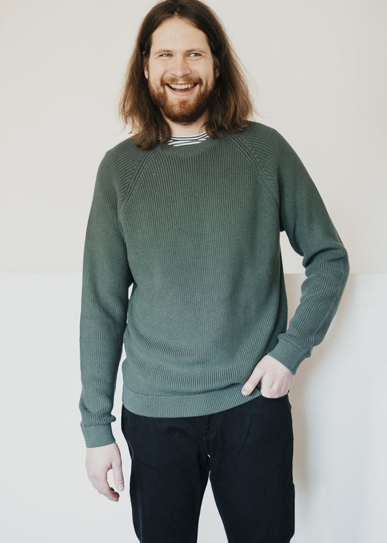 Knitted Organic Cotton Valley O-neck Knit Jumper in Pineneedle Green from Knowledge Cotton Apparel