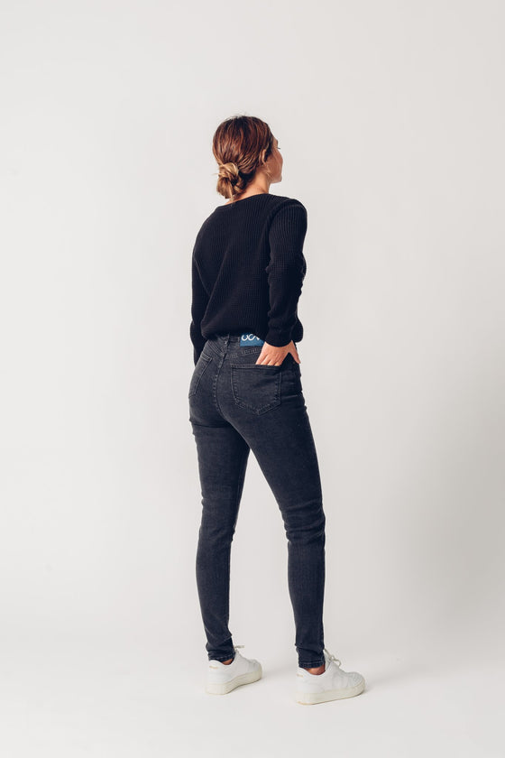 Carrie High-waisted Super Skinny Jeans in Dark Grey
